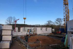 Panorama Terrassen: März 2019: Das Haus nimmt Formen an