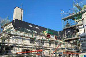 Lindengärten - Januar 2021: Dacheindeckung sowie Fenstereinbau wurde ausgeführt