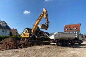 Beginn der Erdarbeiten in der Oberasbacher Straße in Zirndorf